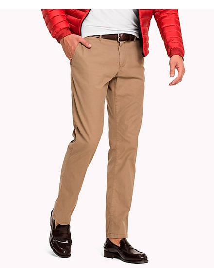 2d59e25301 Calca Tommy Hilfiger Regular Fit Chino Bege na loja Unishop Outlet ...