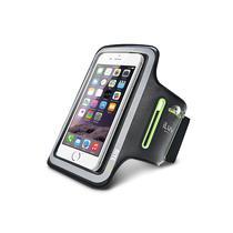 Brazalete para iPhone Iluv ICA7A323BLK Sports Armband 5.5-Preto