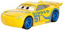 Carrinho Metals Die Cast Dinoco Cruz Ramirez Disney/Pixar Cars 3 1:24