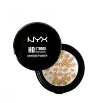 Po Mineral Powder Light Medium NYX.