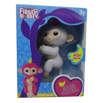 Boneco Baby Monkey Fingerlings Branco
