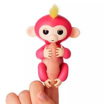 Boneco Happy Monkey Fingerlings Interativo com Sensor de Toque - Rosa