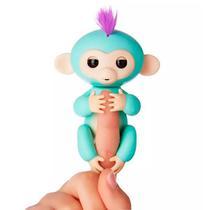 Boneco Happy Monkey Fingerlings Interativo com Sensor de Toque - Azul Turquesa
