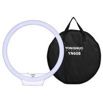 Iluminador LED Yongnuo YN-608 RGB com 304 Leds de 3200 Ate 5500K